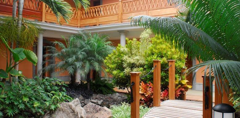 Cordial Mogan Playa, walkway