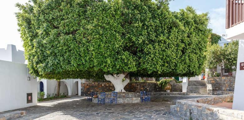 Creta Maris Beach Resort, bungalow area