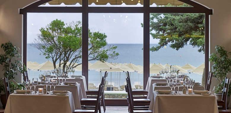 Creta Maris, Cosmos Main Restaurant