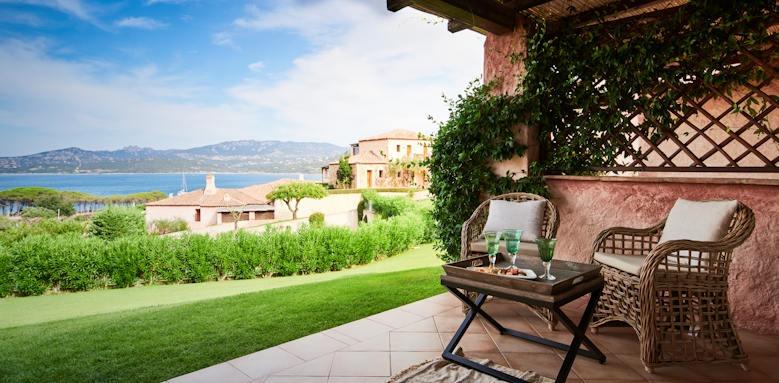 Villa del golfo, balcony view