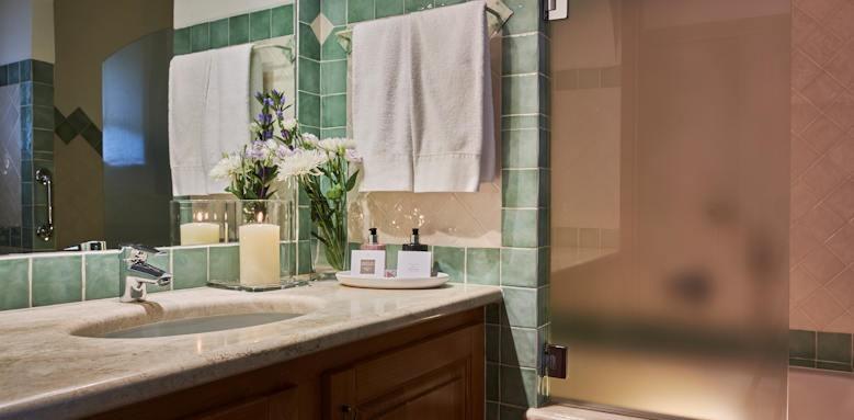 Villa Del Golfo, bathroom
