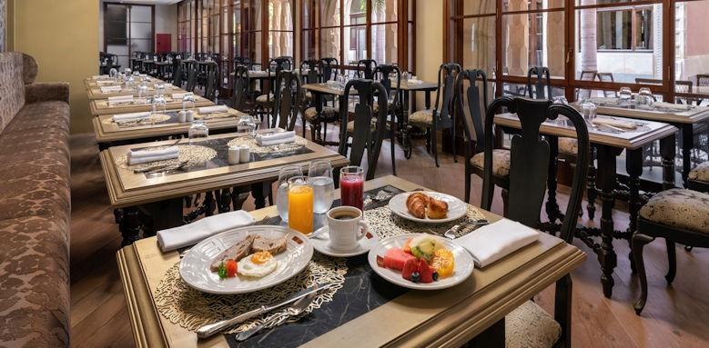 Santa Catalina, breakfast room