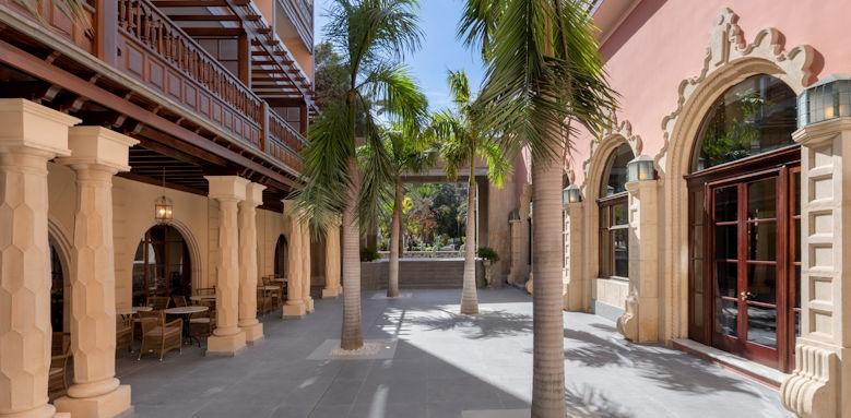 Santa Catalina, premium