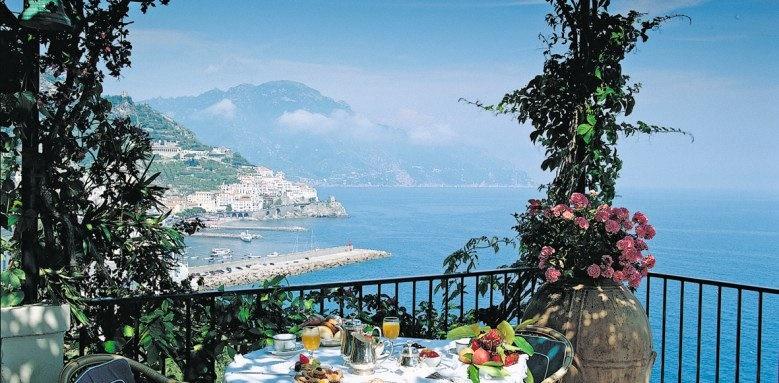 Hotel Santa Caterina, restaurant terrace