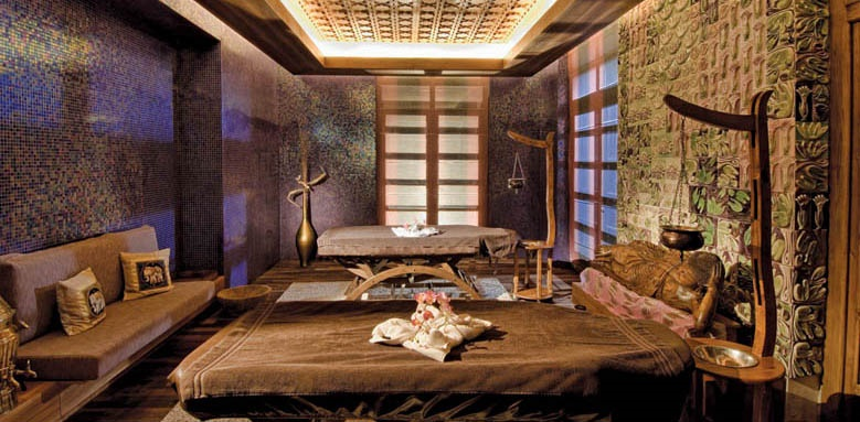 Gloria Serenity Resort, spa treatment room