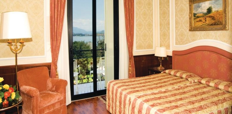 Hotel Simplon, superior room with lake view