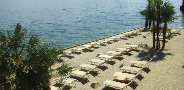 Hotel Splendid, lakeside
