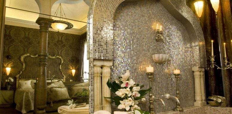 metropole hotel, exclusive suite