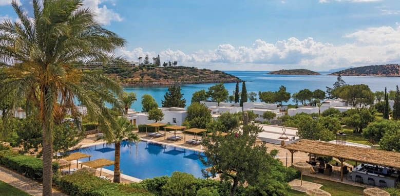 Minos Beach, pool overview