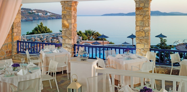 Mykonos Grand Hotel & Resort, dolphins of delos