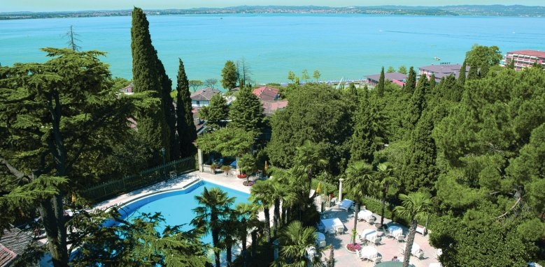 Palace Hotel Villa Cortine, pool overview