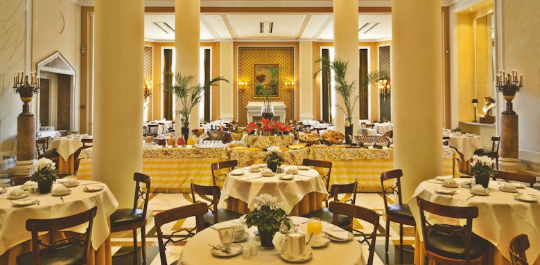 Palacio Estoril, breakfast room