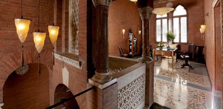 Palazzo Stern Hotel, hotel interior