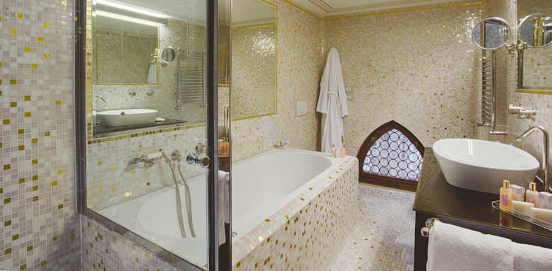 palazzo stern, Suite Rio Malpaga bathroom