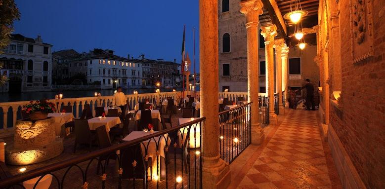 Plazzo Stern Hotel, Terrrace Image