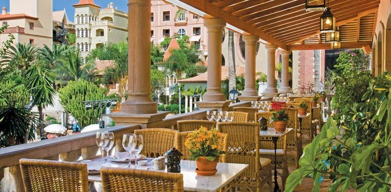 Bahia del Duque, restaurant