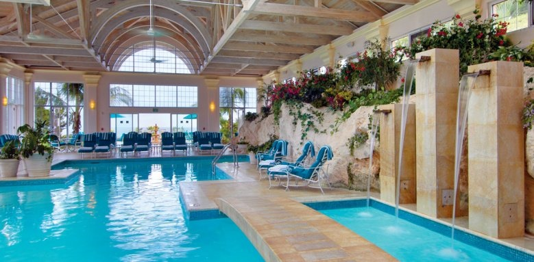 The Fairmont Southampton, indoor pool