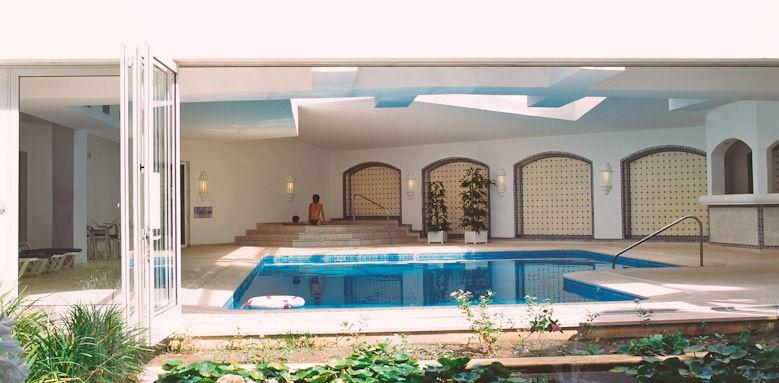 Tivoli Lagos, indoor pool