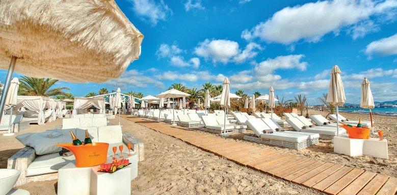 Ushuaia Ibiza Beach Hotel, beach club