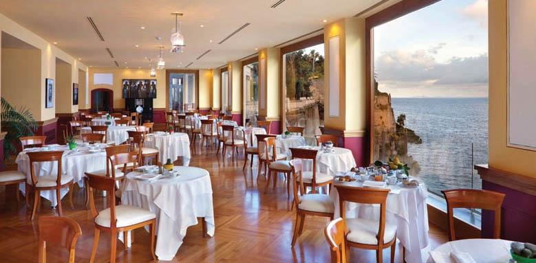 Hotel Bellevue Syrene, Restaurant