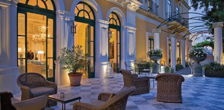 Hotel Bellevue Syrene, Patio