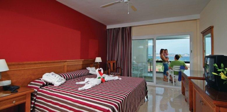 Fiesta Grand Palladium Palace Ibiza Resort & Spa, standard room