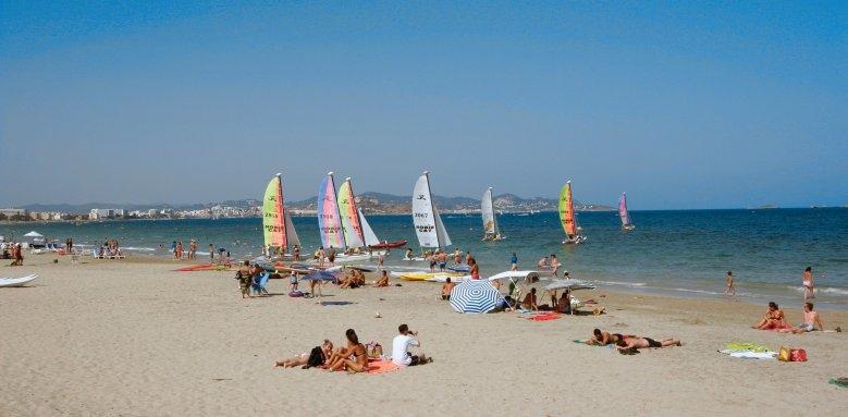 Fiesta Grand Palladium Palace Ibiza Resort & Spa, playa d'en bossa beach