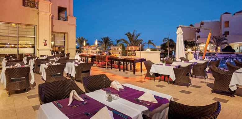 Cleopatra Luxury Resort, Market restaurant