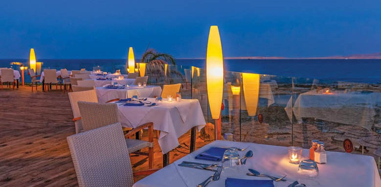 Cleopatra Luxury Resort, Red Sea Wharf restaurant