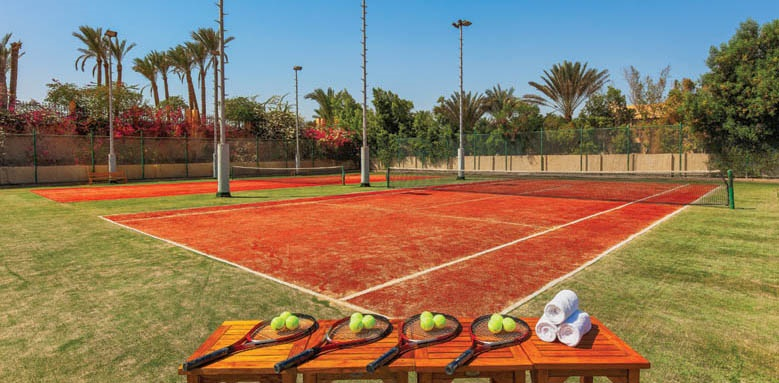 Cleopatra Luxury Resort, tennis courts