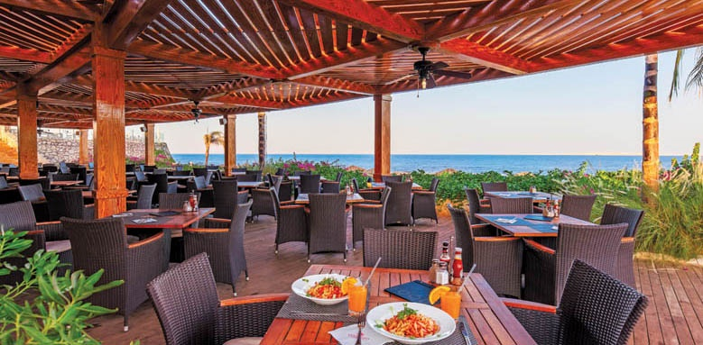Cleopatra Luxury Resort, beach grill restaurant