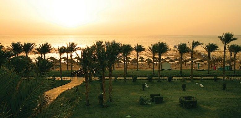 Rixos Sharm El Sheikh, sunset beach
