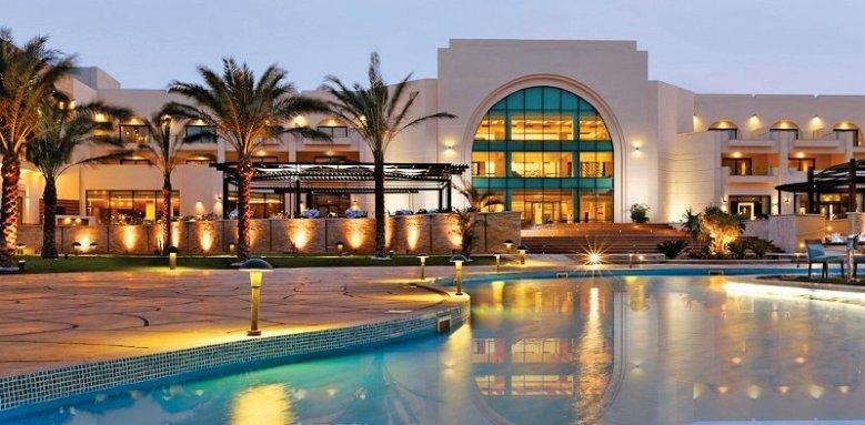 Movenpick Resort Soma Bay, overview