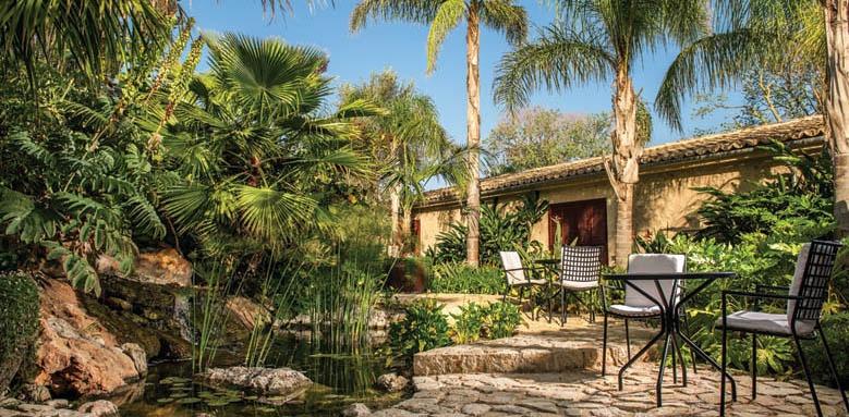 Castell Son Claret, deluxe suite patio