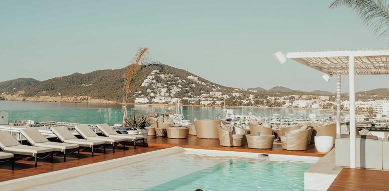 Ibiza_Aguas de Ibiza_rooftop