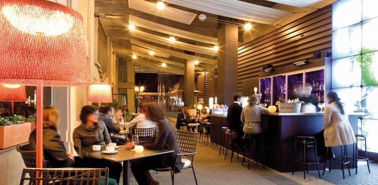 Gallery Hotel, bar