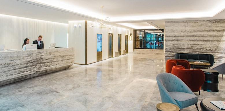 gallery hotel, lobby