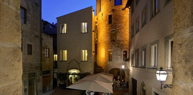 Hotel Brunelleschi, exterior