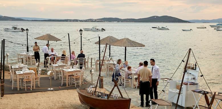 eagles palace, beach restaurant