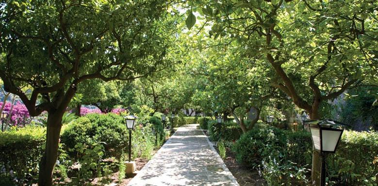 Es Moli, gardens