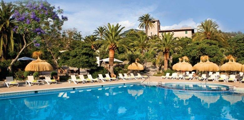 Es Port, pool