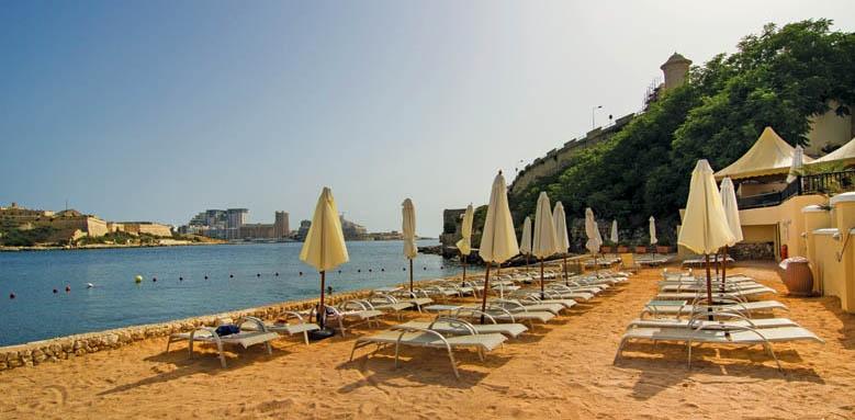 Grand Hotel Excelsior Malta, Beach