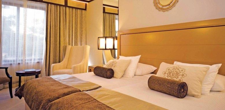 Grande Real Villa Italia Hotel & Spa, double ocean view room