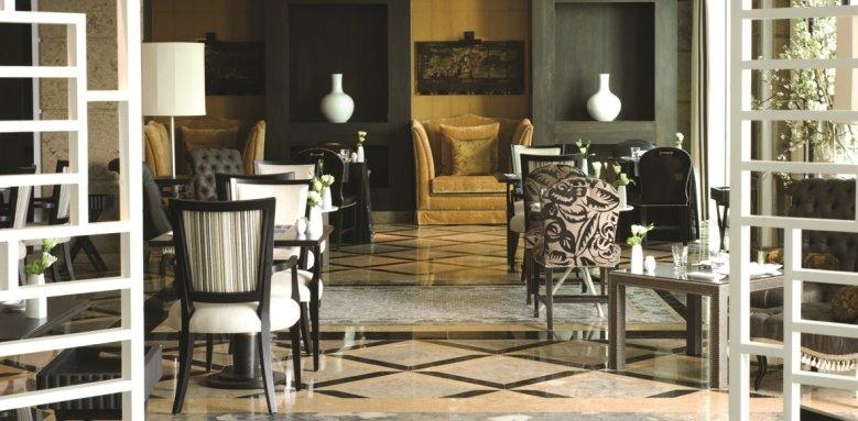 Grande Real Villa Italia Hotel & Spa, La Terraza restaurant and bar