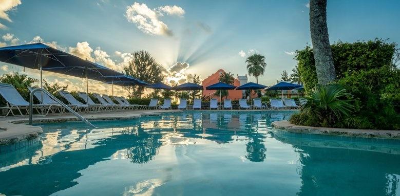 Grotto Bay Beach Resort, pool
