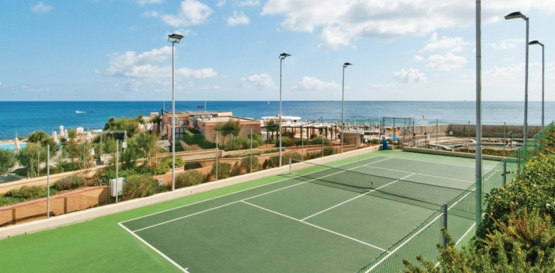 Hilton Malta, tennis court