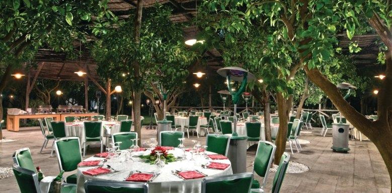 Hilton Sorrento Palace, garden restaurant