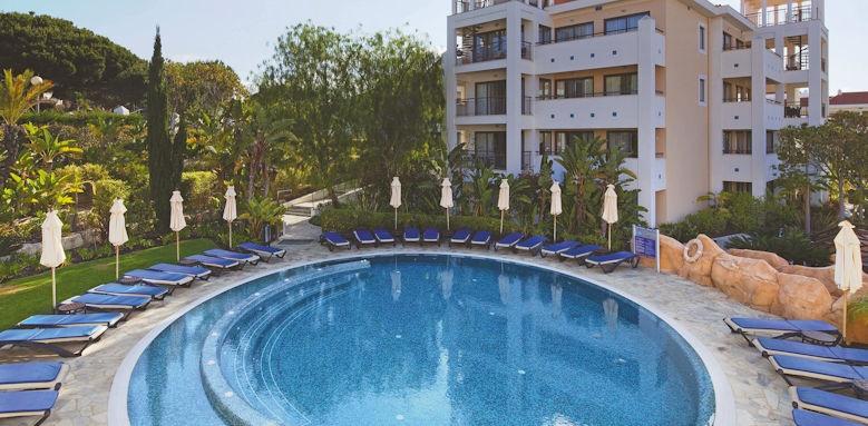 Hilton Vilamoura, romantic pool
