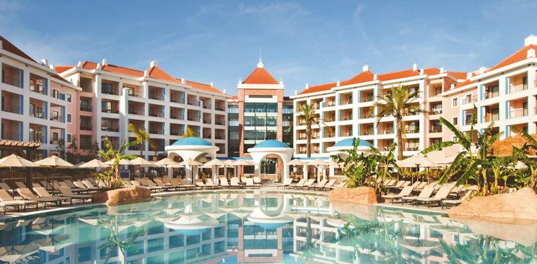 Hilton Vilamoura, pool area