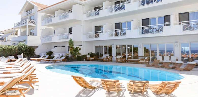 Hotel Albatroz, Pool & Exterior Image